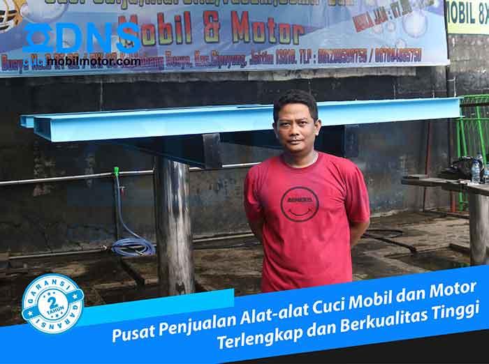 Konsumen Hidrolik Cuci Mobil